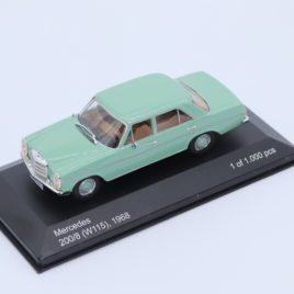 WHITEBOX 1.43 Mercedes Benz ( W115 ) 200/8 1968 ( 209606 )
