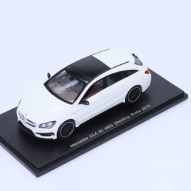SPARK 1.43 Mercedes Benz AMG ( S117 ) CLA 45 shooting brake 2015 ( S4990 )