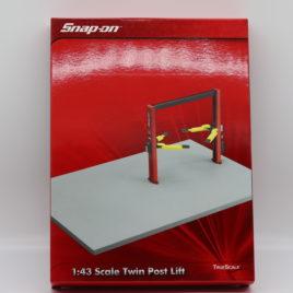 TRUE SCALE MINATURES ( TSM ) SNAP ON 1.43 scale twin post lift hoist ( 11SN05 )