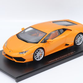 AUTOART 1.18 LAMBORGHINI HURACAN LP610-4 orange metallic ( 74603 )