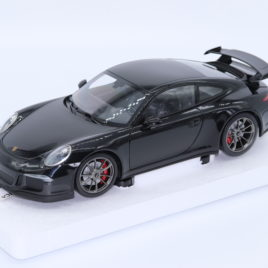 MINICHAMPS 1.18 2013 PORSCHE 911 GT3  black metallic ( 110 062724 )