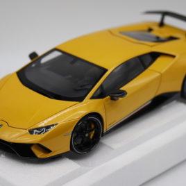 AUTOART 1.18 LAMBORGHINI HURACAN PERFORMANTE  Pearl yellow ( A79155 )