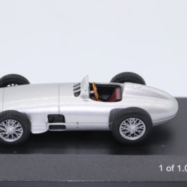 WHITEBOX 1.43 MERCEDES BENZ W196 1954  Silver color  Limited edition 1 of 1000 made