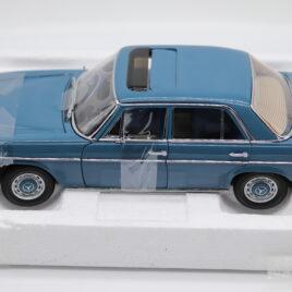 SUN STAR Platinium collection 1.18 Mercedes Benz 1968 Strich 8 Saloon  Light blue color  ( 4594 )