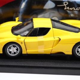 HOT WHEELS 1.18 FERRARI ENZO 2004  Yellow colour with black interior  ( 09167 )
