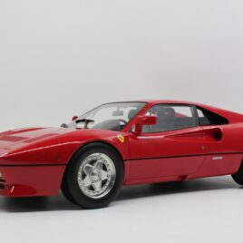 TOP MARQUES COLLECTABLES 1.12 FERRARI 288 GTO 1984  Red colour  limited edition 500 made ( TM12-31A )