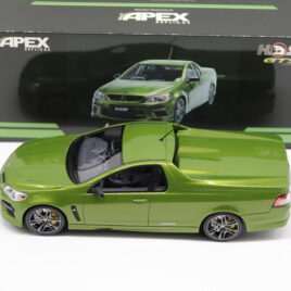 APEX REPILCAS Holden HSV Gen-F MALOO GTS 2013  Jungle Green colour  ( AR81803 )